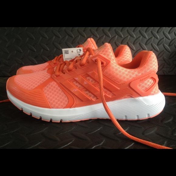 le adidas nuova donna taglia di scarpe da corsa cloudfoam poshmark 6